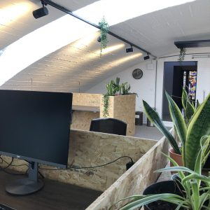 Splendorflex Cowork flex werkplekken in de Splendorfabriek - electrisch bureau